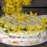 Salatka z marynowanymi pi...