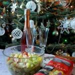 Salatka z makaronem i los...