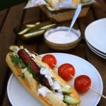 Hot dogi z grillowaną...