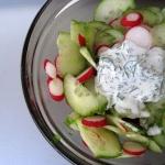 Salatka ogorkowo-rzodkiew...