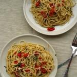 Spaghetti aglio olio e...