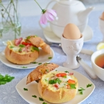 Zapiekane buleczki z jajk...