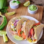 Tacos z guacamole,...