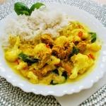 Curry z kalafiorem