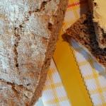 Chleb żytni razowy z...